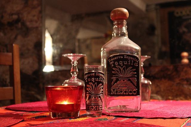 tequila láhev
