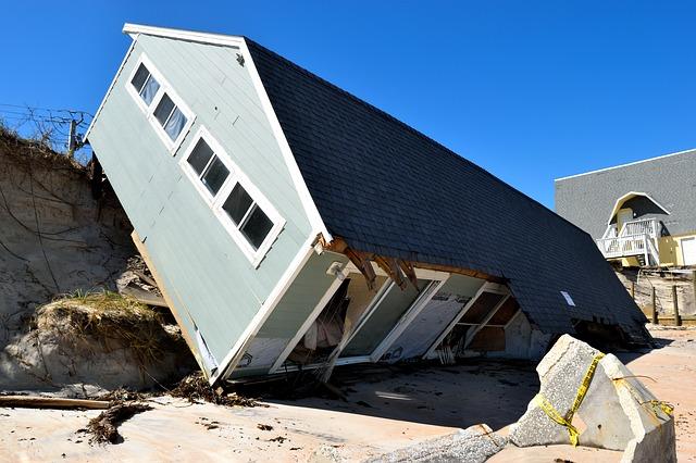 dům po hurikánu